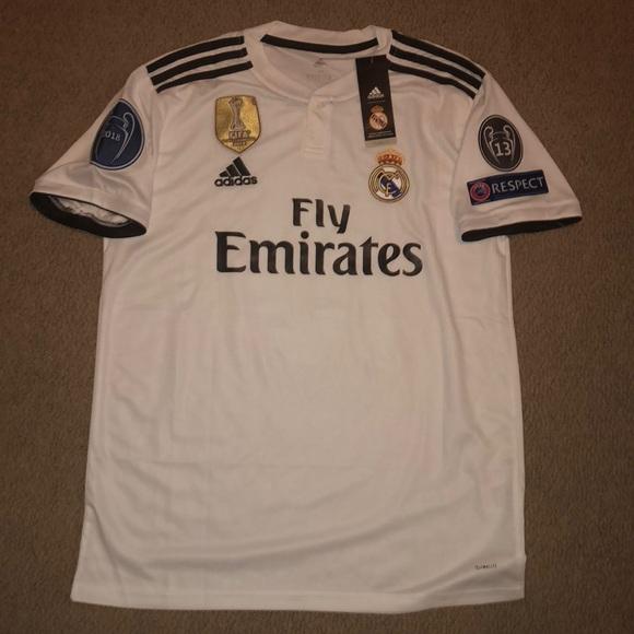 b0dd8f88d New Real Madrid Home Jersey  10 Luka Modric